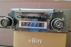 1970-1972 Chevrolet Delco AM FM Stereo 8 Track Radio Camaro Chevelle Impala Nova