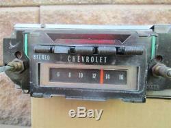 1970-1972 Chevrolet Delco AM Stereo 8 Track Radio Camaro Chevelle Impala Nova