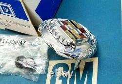 Nos 76 79 Cadillac Seville Trunk Lock Cover Crest Emblem Flip LID Wreath Gm Trim