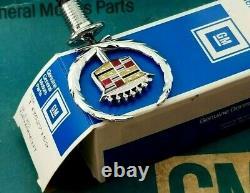 Nos 93 96 Cadillac Fleetwood Hood Ornament Emblem New Oem Gm Brougham Vogue Trim