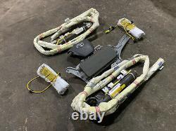 Toyota Sienna Steering Wheel airbag Knee airbag Roof Curtain Seat Roof airbag